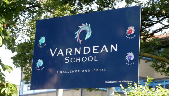 Varndean School sign