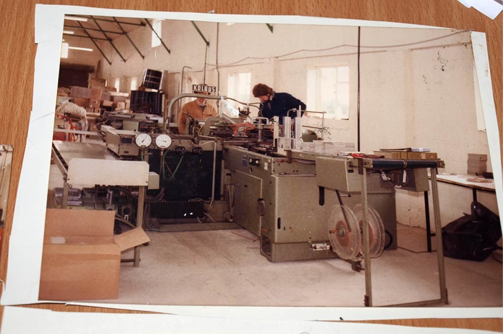 The Seawhite Sketchbook factory in Worcestershire in the early 1980s